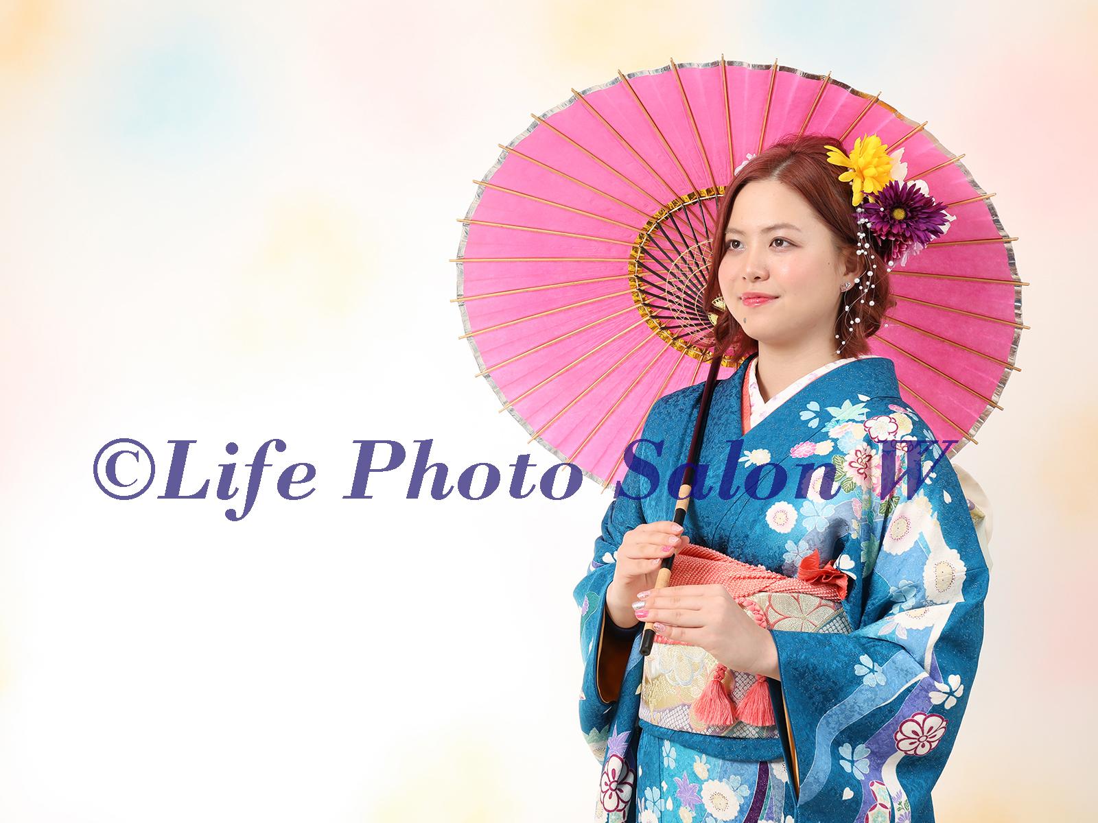 【日吉・元住吉・武蔵小杉・新丸子】卒業式に袴を着たら写真館で綺麗に撮影しませんか?